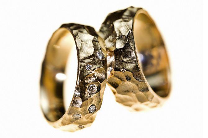 Vielsesringe - Milas Jewellery #weddingrings #vielsesringe #milasjewellery