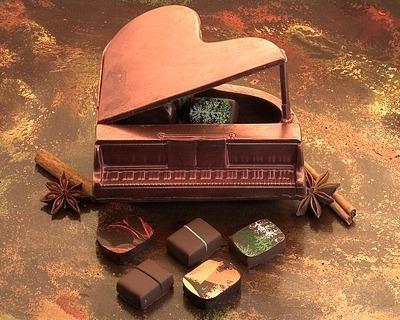 A chocolate piano!