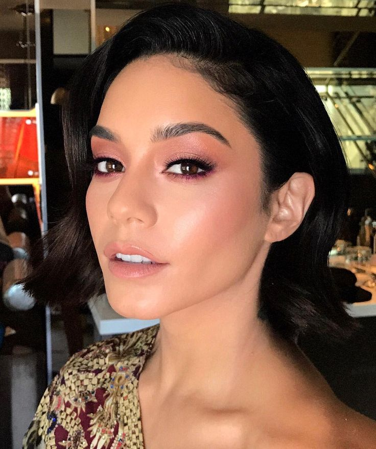 "6,978 curtidas, 77 comentários - Patrick Ta (@patrickta) no Instagram: ""Close Up Of Gorg @vanessahudgens For The Billboards ! HIGHLIGHTER By @iconic.london In The Color…"""