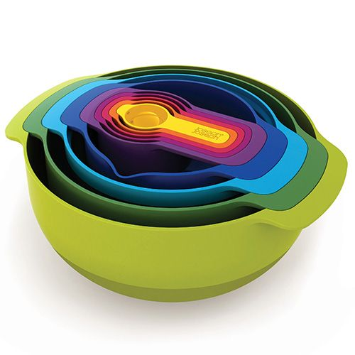 1/6 Cup (5ml/15ml) 1/4 Cup (60ml) 1/3 Cup (85ml) 1/2 Cup (125ml) 1 Cup (250ml) Small non-slip mixing bowl with measurements 0.5L Medium non-slip mixing bowl 1.65L Sieve 1.65L Colander 3L Large Non-Slip Mixing Bowl 4.5L  Joseph Joseph Nest Plus Compact food preparation sets - Joseph Joseph Nest Plus is the ultimate collection of practical, space-saving kitchenware comprising a unique range of food preparation sets. The innovative design allows the individual elements within each set to be…