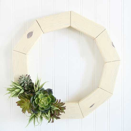 Whether you're celebrating the Fourth of July or simply the arrival of summer, @twotwentyone has a cute and colorful DIY wreath project for you. Bonus: Many of these adorable crafts are budget-friendly wreaths and easy to create at home!