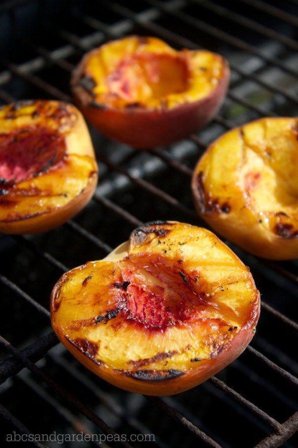 Grilled Peach and Onion Chutney