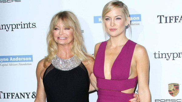 Buzz-worthy celeb moms: Hockey mom Kate Hudson, plus Busy Philipps' Elf on the Shelf