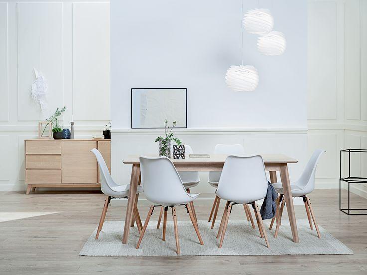 KALBY skjenk, KLARUP spisestol hvit, KALBY spisebord, BIRK gulvteppe | Classic Living | Skandinaviske hjem, nordisk design, Skandinavisk design, nordiske hjem | JYSK