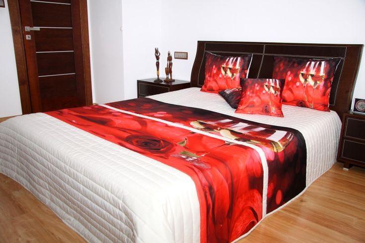 Narzuty do sypialni koloru kremowego z kieliszkami