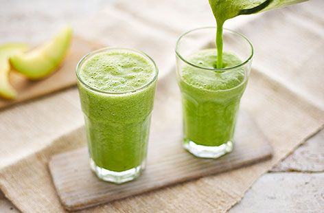 Kickstart your morning with a delicious blend of honeydew melon, pineapple, celery and ginger in this zesty superfood Zinger Smoothie.