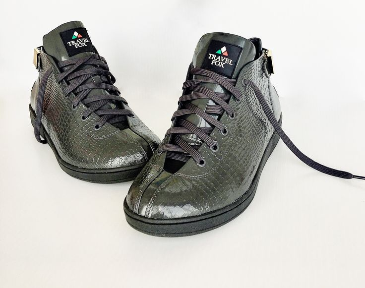When the occasion calls for #Astepbeyondsneaker these Grey Patent Leather Malibu 300 Travel Fox Shoes will #slay any competition! #iamtravelfox #travelfox #travelfoxkids #travelfoxsounds #travelfoxlove #travelfoxgang #foxappeal  Real #lifestyle #movement #bboy #bboyshoes Shop Now www.travel-foxusa.com