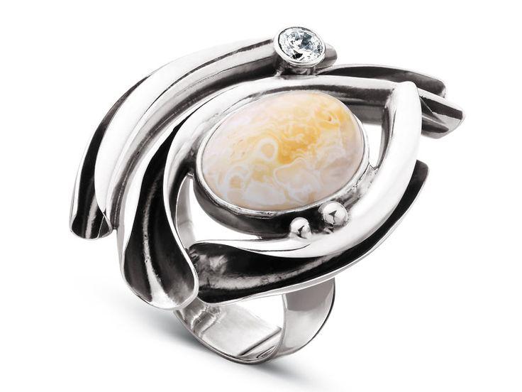 Pierścionek srebrny z bursztynem i cyrkoniami - wzór AP120-6516 / Apart