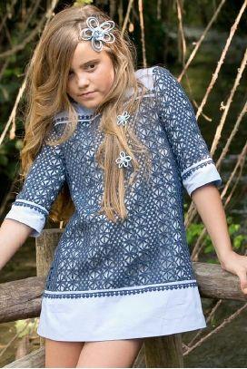 Vestido de hilo marino para niña