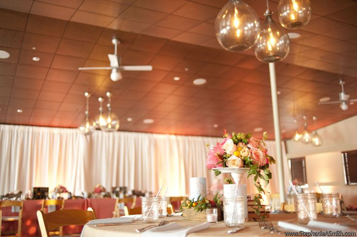 Indoor wedding reception space at postcard inn st pete for Small indoor wedding venues