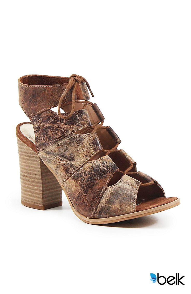 Black sandals belk - Here S An Incredibly Fun Way To Add Some Unexpected Texture To Your Summer Looks The