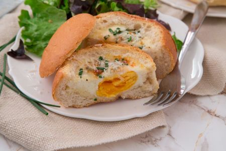 Baked Eggs in Bread (Weight Watchers)