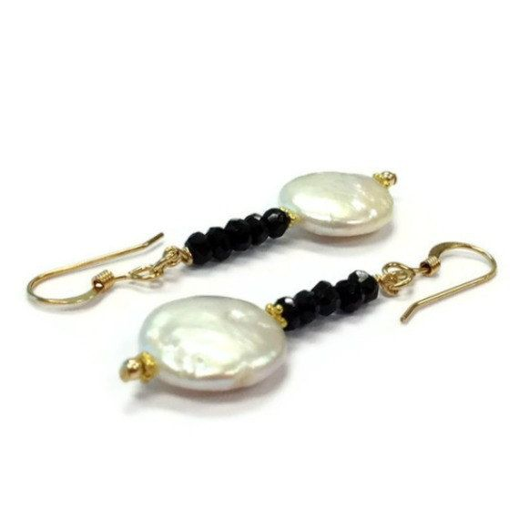 Pearl Earrings Black Spinel Jewelry Pearl and by jewelrybycarmal, $25.00