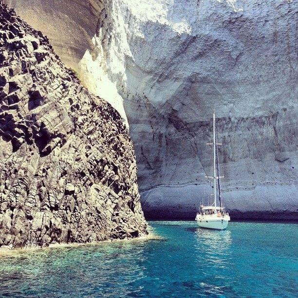 Sailing in Kleftiko, Milos