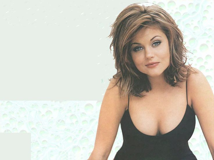 tiffani amber thiessen wallpaper wallpaper