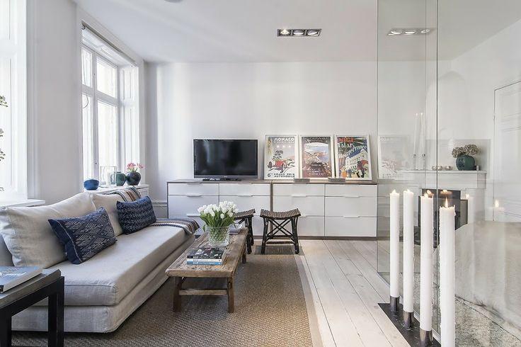 Jurnal de design interior - Amenajări interioare : Soluție ingenioasă de amenajare a unei garsoniere de 34 m²