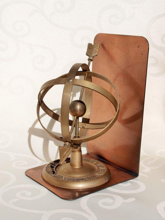 les 25 meilleures id es de la cat gorie armillaire sur pinterest sph re armillaire sextant et. Black Bedroom Furniture Sets. Home Design Ideas