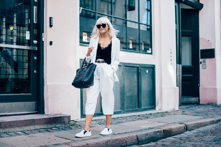 outfit, style, autumn, fall, blogger, inspiration, photography, street style, sunnies, street, goofy, tickle your fancy, sara, fashion, long bob, blonde, hair, blonde hair, black and white, culottes, pants, blazer, celine, bag, lace top, velvet, velvet top, slip ones, tommy x gigi, tommy hilfiger, lindex, gina tricot