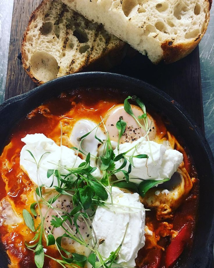 Shakshuka شكشوكة Is one of my favourite ever breakfast!  #ottolenghispitalfields #ottolenghifamily #breakfastisbest #sunnyfood #sunshineinapan #samitamimi @sami_tamimi