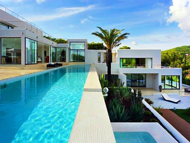 Ibiza luxury villas services