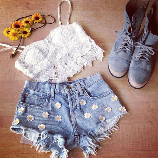 Lace Crop Top & Daisy Shorts