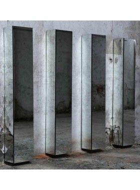 Wall coat hanger Minotti Italia Ambrogio design Alberto Colonello