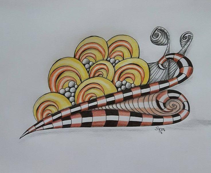 "Gefällt 18 Mal, 4 Kommentare - Sa Bine (@sa_bine_bin) auf Instagram: ""#bump_in_the_road #zentanglepattern  #zentangle #art #lovetotangle #lovetodraw #drawing #zendoodle"""