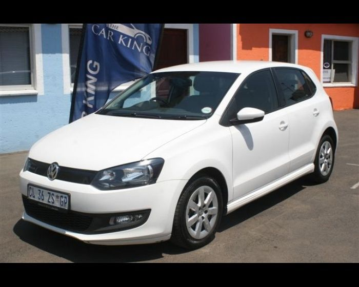 2013 VOLKSWAGEN POLO 1.2 TDI BLUEMOTION 5DR , http://www.carsusedcars.co.za/volkswagen-polo-used-for-sale-ravenswood-eastrand-boksburg-gauteng_vid_5542599_rf_pi.html