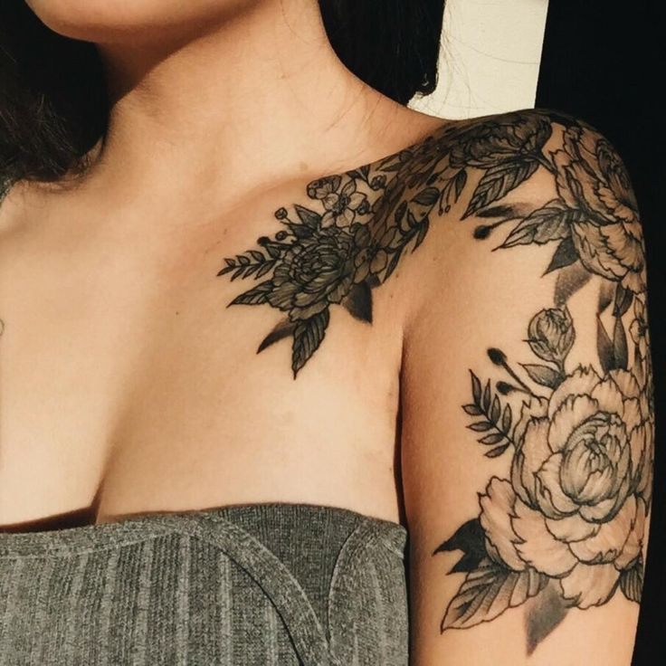 Shoulder tattoo that goes into the chest