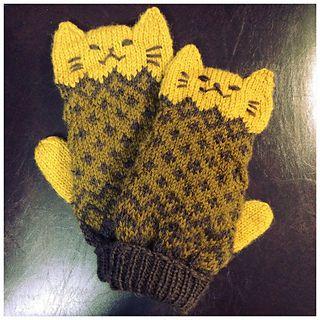 cat mittens pattern by shizukudo (しずく堂)