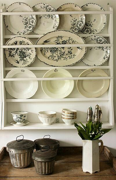 25 Best Ideas About Dish Display On Pinterest: 25+ Best Ideas About Plate Holder On Pinterest