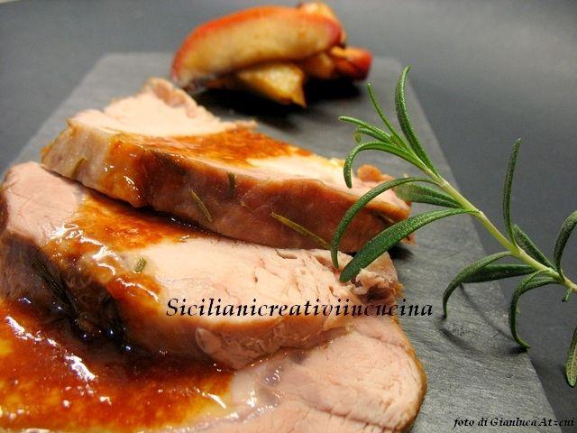 Arista di maiale al vino con mele e patate | SICILIANI CREATIVI IN CUCINA |