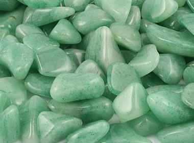 5 Crystals for Small Business Owners: Aventurine!