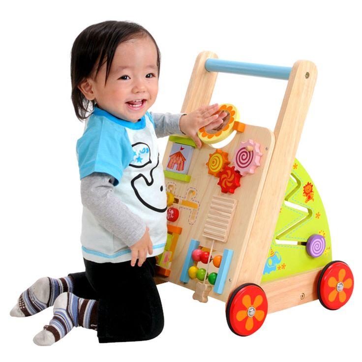 つかまり立ちを始めた赤ちゃんへ指先知育を盛り込んだウォーカー。《送料無料》ベビーファーストウォーカー  ベビーウォーカーつかまり立ちギフト手押し車・カタカタ知育玩具パズルエデュテ出産祝い  I'm TOY(アイム トイ)10P03Dec16