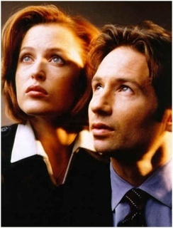X-Files with EPIC Season Five Mulder hair!!!