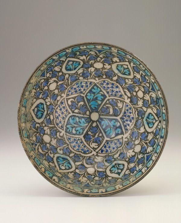 Bowl  14th century Stone-paste painted under glaze  Sultanabad, Iran
