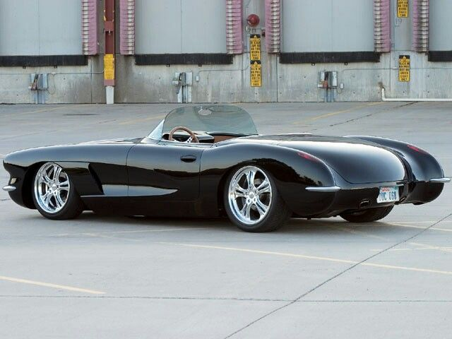 #Corvette --- I'm not big on the older corvette's, but this prticular one is AWESOME