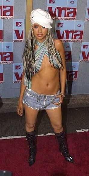 MTV VMAs: Hottest Red Carpet Looks of All Time : Christina Aguilera