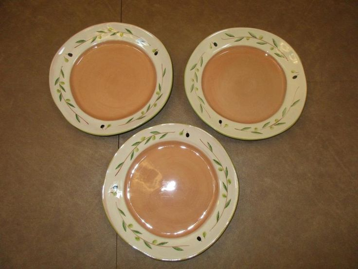 Noemi Ceramiche Handcrafted Umbria Italy Olive Leaf Leaves Large Plates Set of 3