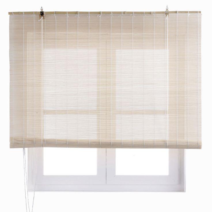 Estor enrollable fabricado en bambú en color beige. Incluye accesorios de instalación. Disponible en distintas medidas.