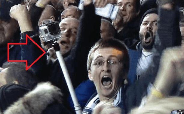 Stadioanele din Marea Britanie interzic inregistrarea de selfie-uri folosind accesorii