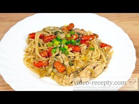 Nejlepší čínské smažené nudle recept (Chow mein recept) - YouTube
