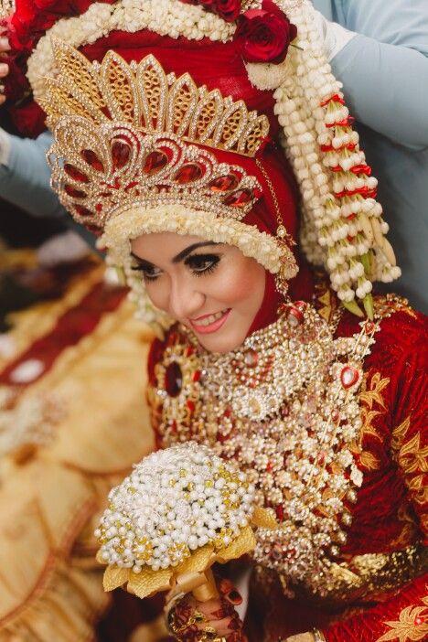 Acehnese bride