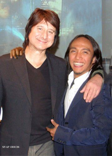 steve perry and arnel pineda duet | Steve Perry  Arnel Pineda -- < found via ... http://www.pinterest.com/pin/386887424212327788/ > -- << This is now one of my Followers Super FAVORITE pins ... https://www.pinterest.com/chris556371/followers-super-favorites/ >>