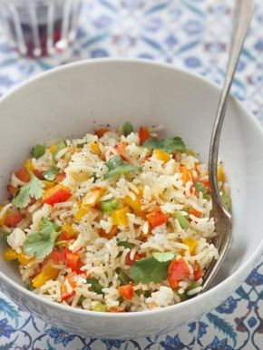 cumin, poivre, poivron rouge, thym, riz basmati, oignon, huile d'olive, ail, sel, poivre de cayenne, poivron