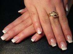 Pose d'ongle gel ou résine 1