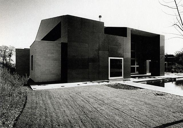Van Impe House. St. Lievens Houtem, Belgium. Sottsass Associati (1996-98).