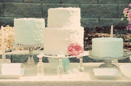 Vintage White Wedding Cakes