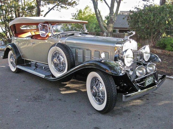 1930 Cadillac 452 V-16 Sport Phaeton Fleetwood.