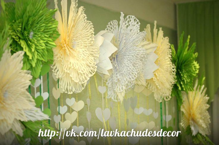 Фотографии Большие бумажные цветы,гирлянды,бумажный декор – 18 альбомов